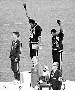image-adapt-990-high-tommie_smith-1380301587188