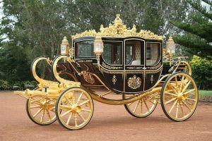 800px-coach_britannia